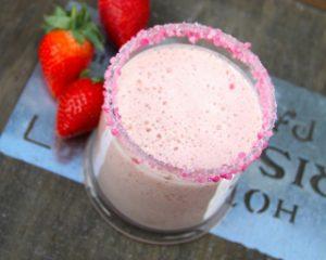 extracteur-de-jus-smoothie-fraise-banane