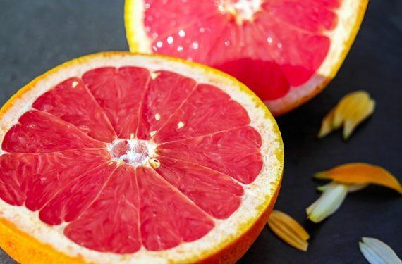 Pamplemousse, pomelo : un peu de couleur en hiver !