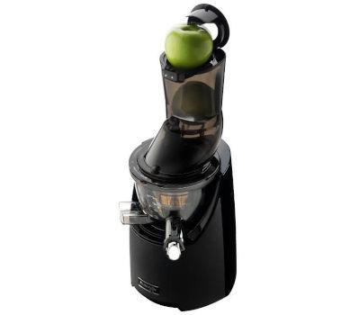 L'extracteur Kuvings EVO 820 necessite tres peu de coupe de légumes et fruits